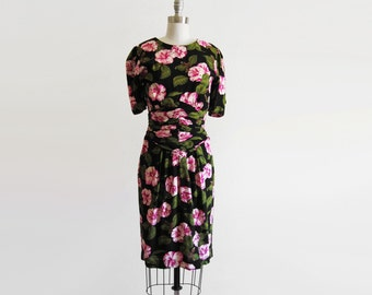 Vintage 80s 90s Ruched Waist Floral Rayon Dress sz small medium