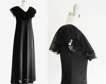 Vintage 1960s Ruffle Neck Full Sweep Nightgown in Black