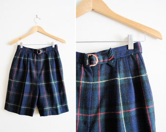 High Waisted 50s Style Vintage Shorts / Tartan Plaid