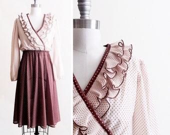 Polka Dot 70s Dress with Ruffled Collar