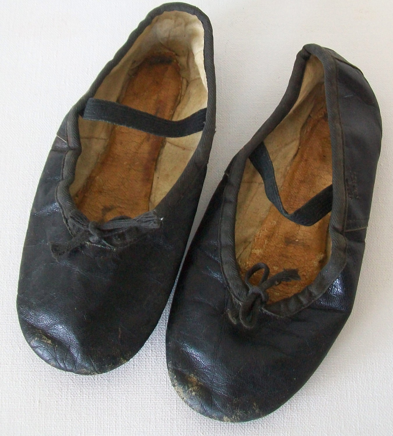 1950 vintage ballet shoes worn out child size by find4you