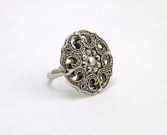 Womens Adjustable Cocktail Ring Neo Victorian Gothic Style Statement Jewelry