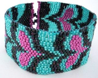 Disco Hearts Peyote Stitch Bracelet