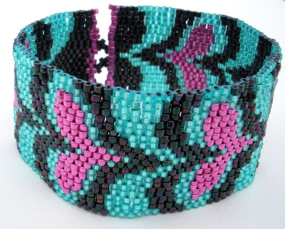 Disco Hearts Peyote Stitch Bracelet