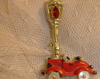 UNUSUAL Antique Red Car Roadster under Streetlight Pin