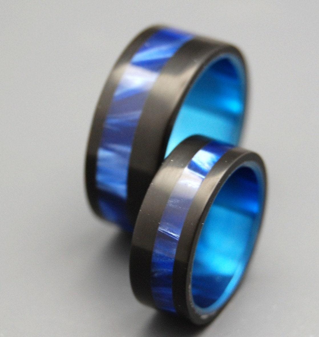 Cool Rings: Titanium Wedding Ring Wedding Ring Wedding Bands Mens Ring