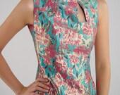Vivid Chinese  fashion  dress