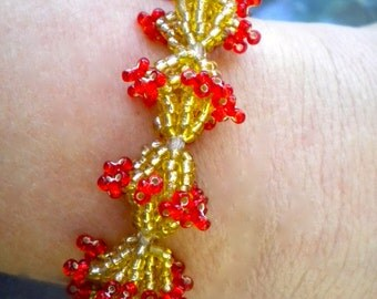 Bracelet Red Gold Beaded Zulu Flowerette Chain - FREE SHIPPING