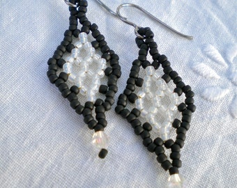 Earrings Black White Beaded Zulu Diamond Motif