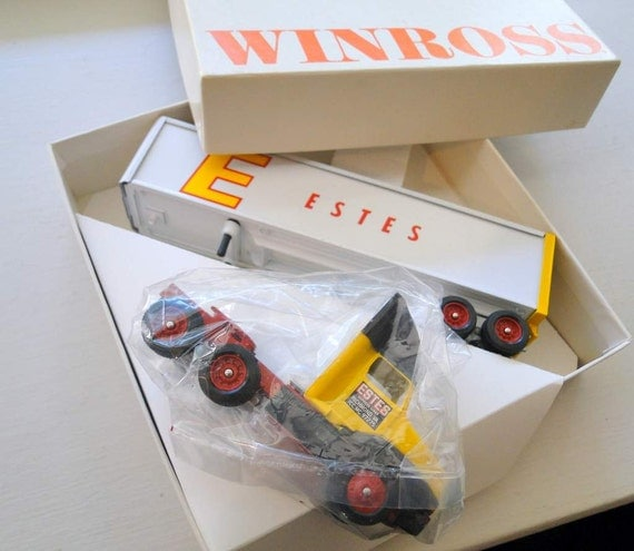 Toy Truck  Winross Estes Richmond VA Trucking Transportation Vintage MIB