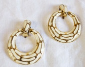 Vintage Earrings Round Gold and Ivory Clip on