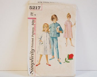 Vintage 1960s Simplicity Child's Robe Nightgown Pajama Pattern 5217 Size 10
