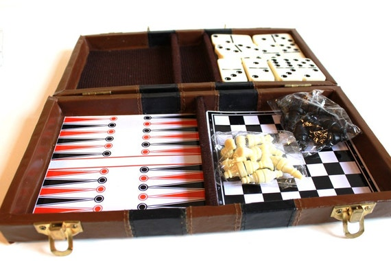Vintage Dominoes and Chess Portable Game