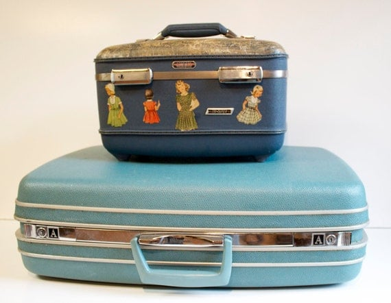 Vintage Blue American Tourister Train Case