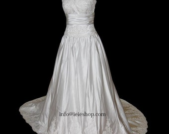 Simple Satin and lace A-line Wedding Gown YR1002