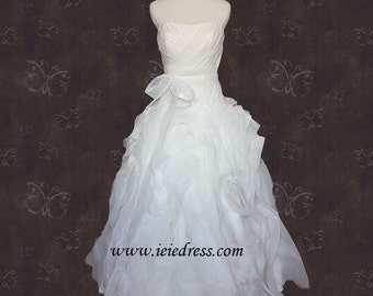 R3005 Strapless Organza Wedding Gown with Sweetheart Neckline