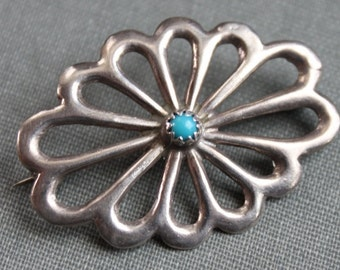 Navajo Sterling Turquoise Native American Brooch  // Sleeping Beauty