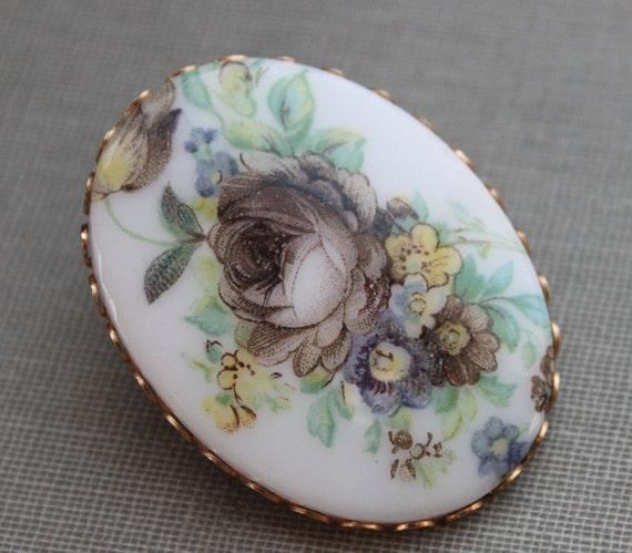 French Cottage Porcelain Flower Bouquet Brooch