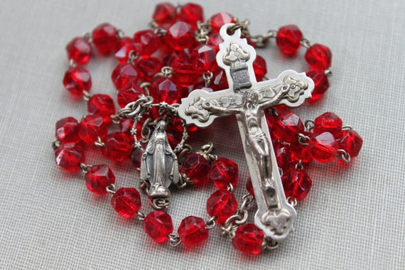 Antique Italian Cherry Glass Rosary // Mother Mary with Halo of Stars