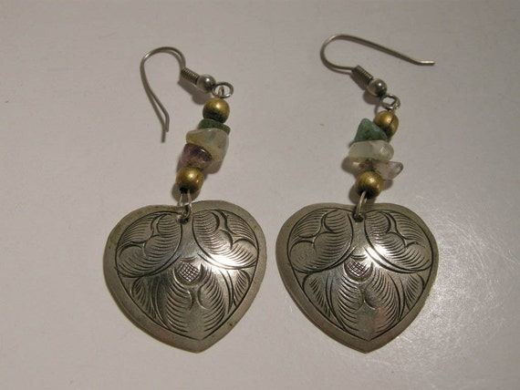 Vintage Heart Shaped Silver Wire Dangle Earrings w/ Etched Design