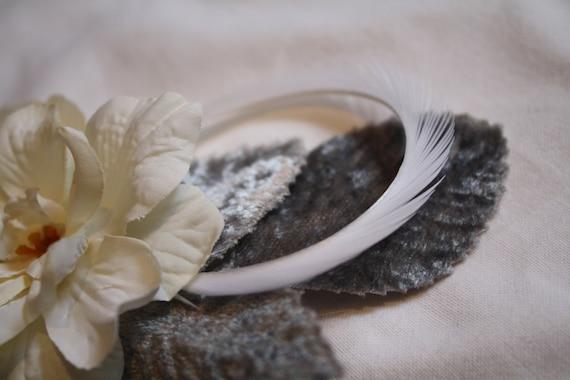 snow queen II cream and white fae hair clip