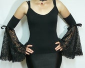 Vampire Gloves with Pleated Lace, Splendid Gothic Armwarmers in Black, Rococo and Baroque Styles, Costume, Lace Ruffle Gloves