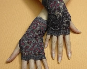 Short Gothic Fingerless Gloves in Dark Grey and Bordeaux, Steampunk Mittens, Baroque, Victorian Lace Armwarmers in Gypsy and Boho Style