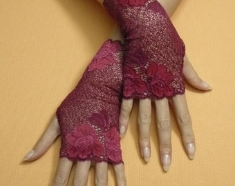 Short Crimson Gothic Fingerless Gloves, Vampire Mittens, Baroque, Burgundy Victorian Lace Armwarmers in Gypsy and Boho Style