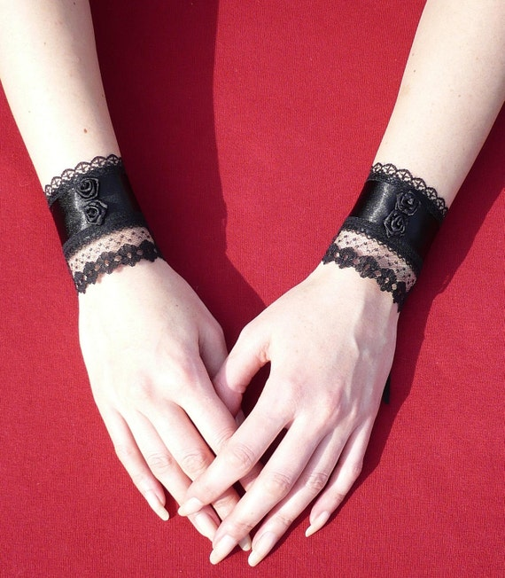 Vampire Princess, Gothic Cuffs with Lace and Roses, Wedding Wristlets, Renaissance Victorian, Corset Closure