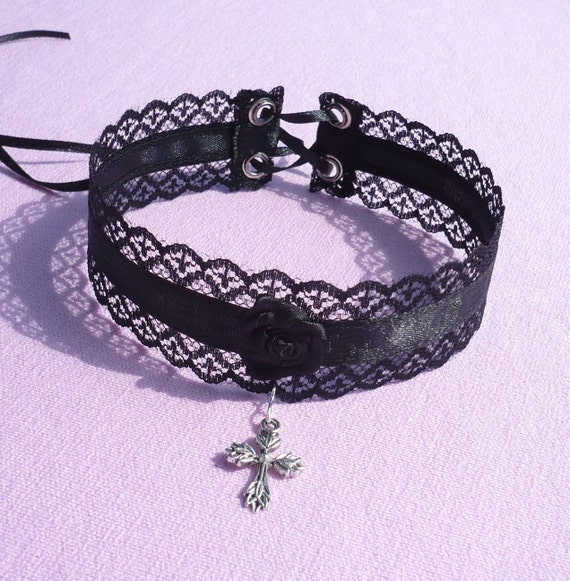 Gothic Choker with Cross Pendant, Black Lace and Satin Necklace, Vampire, Victorian Tribal Style, Dark Wedding, Rose, Elegant