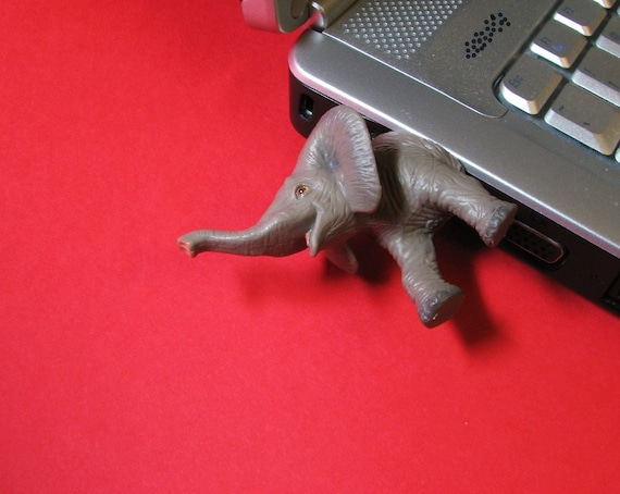 Baby Elephant USB Flash Drive
