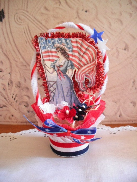 4TH OF JULY - Americana - Nut Cup Candy Cup - Red White and Blue