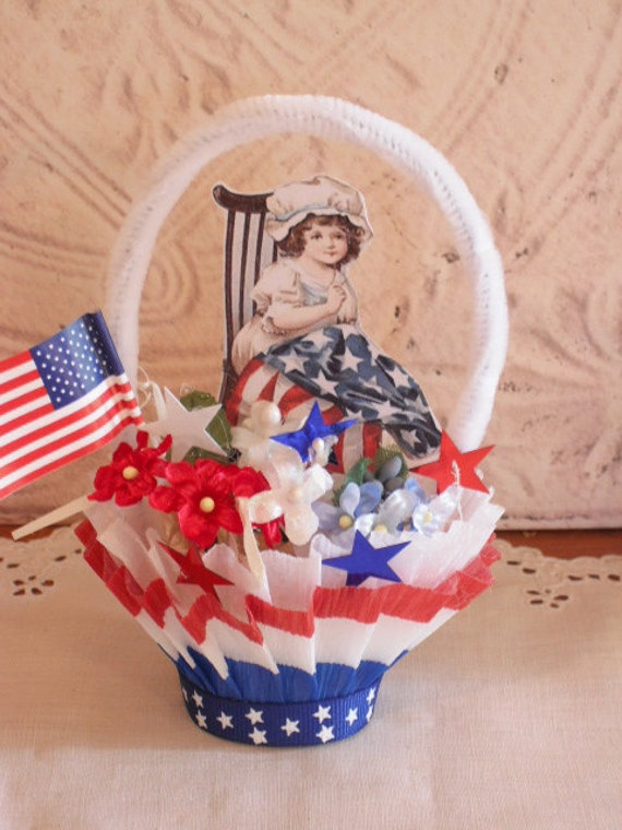 Red White and Blue Vintage Style Nut Cup- Candy Cup - Americana