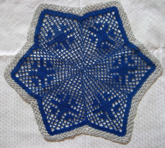 Christmas Doily in Blue with Silver Border