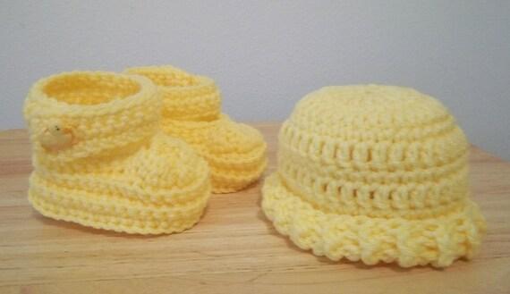 Booties - Crochet Baby Booties and Hat - Infants - Newborn Baby - Color: Yellow