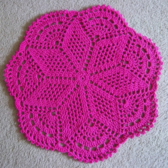 Rug - Crocheted Rug in Pink - Round Crochet Rug - Lace Pattern