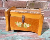 Vintage Wood Bark Box Adirondack Jewelry Chest 1940s, Dogwood Flowers, Home Decor, Cottage Decor,  Woodland, Man Gift, Collect