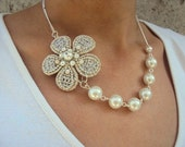 Beautiful Silver-White flower necklace-handmade