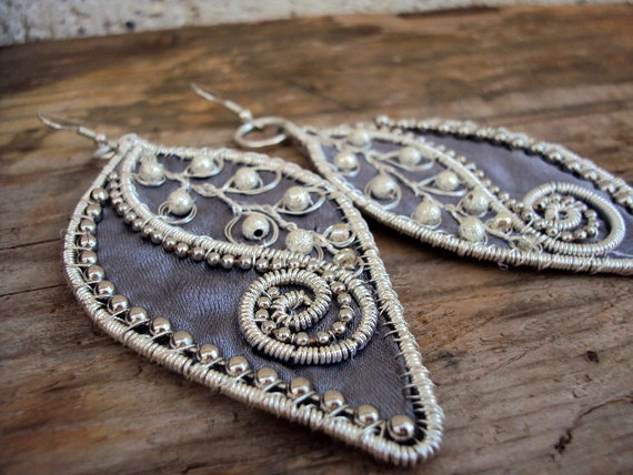 Grey-silver big leaf earrings-handmade-coilled wire