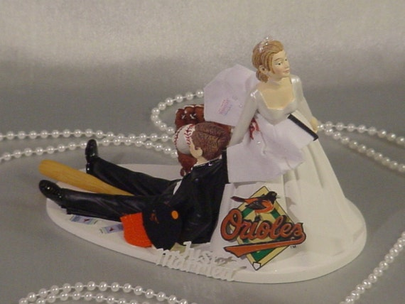 sports wedding cake toppers orioles baseball fan sports wedding cake topper 7624