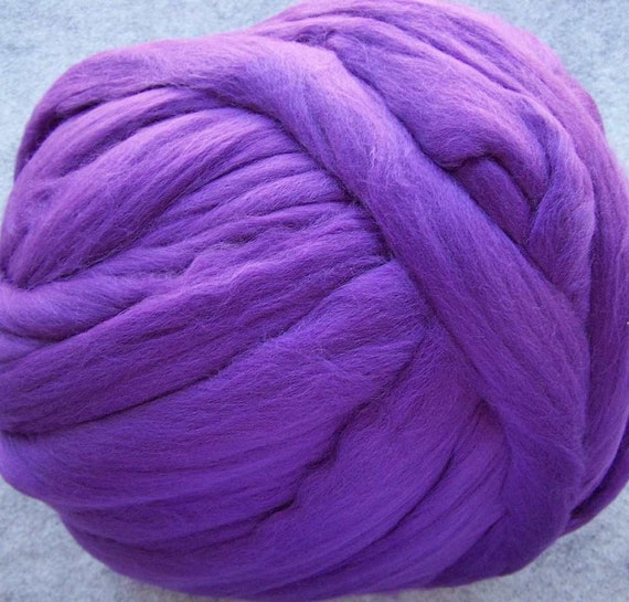 Wool Roving - Merino Wool Roving for Spinning and Felting - Purple - 8oz