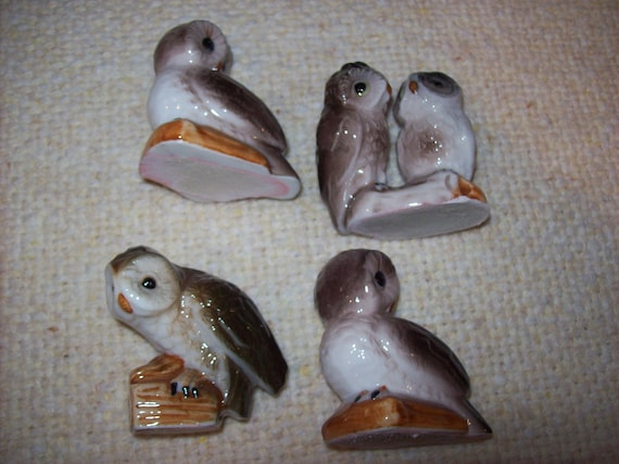 Collection of 4 owl knick knacks for home decor Home decor knick knacks