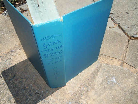 Vintage Book Gone With The Wind
