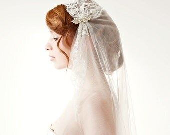 Wedding Veil, Juliet Cap Bridal Veil, Bridal Veil with French beaded Chantilly Lace, Lace Juliet Cap Veil - Touch of Love - Made to Order