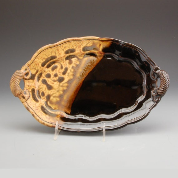 Small Scalloped Platter - Dark Brown and Golden Brown