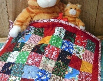 Christmas Quilt  Mini Patchwork Quilt Table Runner by SEW FUN QUILTS