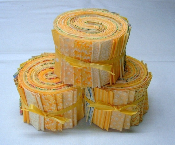 Summer Sunshine Yellow  Fabric Strips - 2 1/2 inch wide quilt strips jelly roll - SEW FUN QUILTS Time Saver Kit