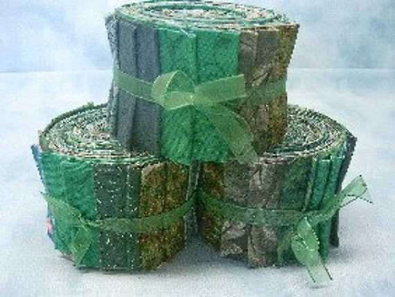 Green Jelly Roll Quilt Fabric Strips  - by SEW FUN QUILTS Time Saver Quilt Kit