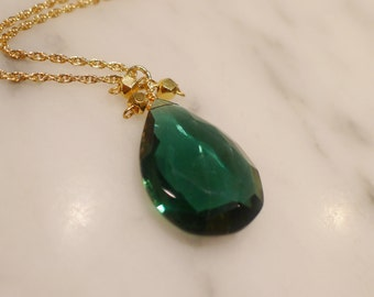 Goddess Green Onyx Pear Drop Necklace