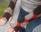 I Heart Argyle.  Upcycled Fingerles Gloves/ Arm Warmers.